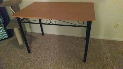 Cute, rectangle kitchen table