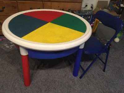 Lego. Compatible table with drawers and chair