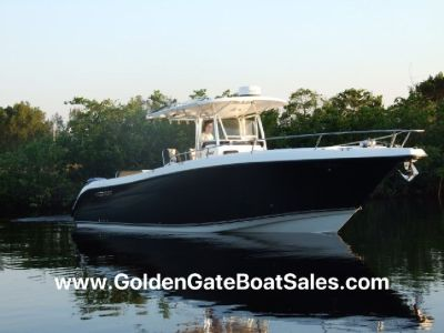 2009, 32' CENTURY 3200 Center Console Twin 350HP 4-Stroke Outboards