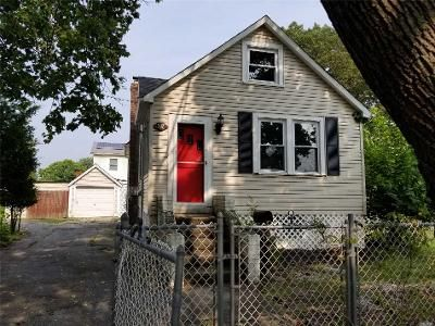 1 Bed 1 Bath Foreclosure Property in West Babylon, NY 11704 - 14th Ave