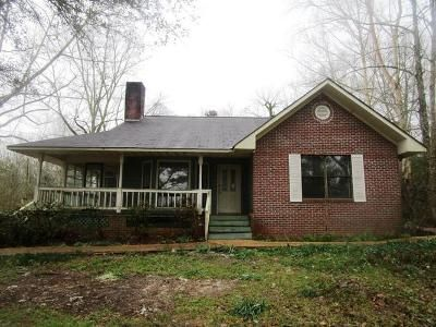3 Bed 3 Bath Foreclosure Property in Carthage, MS 39051 - Highway 488
