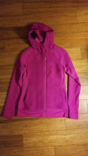 Woman's Under Armour small jacket