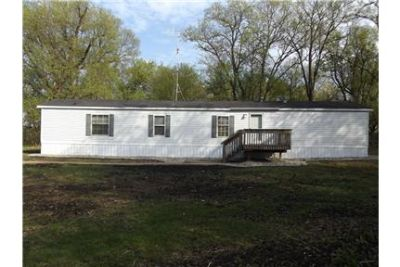 3 Bedroom 2 Bath Home with 4 Acres on Lake Lillian