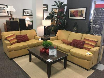Cruze 7 Piece living room set