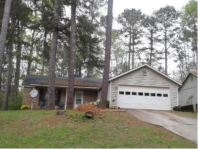 3 Bed 2 Bath Preforeclosure Property in Stone Mountain, GA 30088 - Huxley Rd