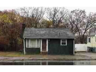 3 Bed 1 Bath Foreclosure Property in Lynn, MA 01904 - Lynnfield St