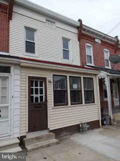 2412 Lamotte St WILMINGTON, Three BR, One BA townhome with