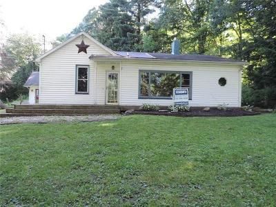 3 Bed 1.5 Bath Foreclosure Property in New Castle, PA 16101 - Old Route 422