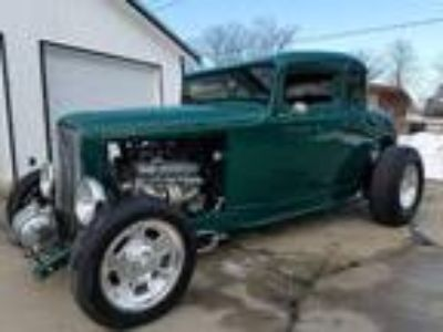 1932 Ford 5 Window Hiboy Coupe