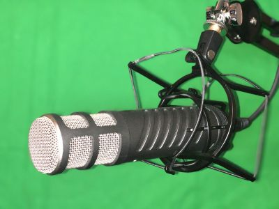 Rode ProCaster Mic with PSA1 Rose Boom Arm and Shockmount