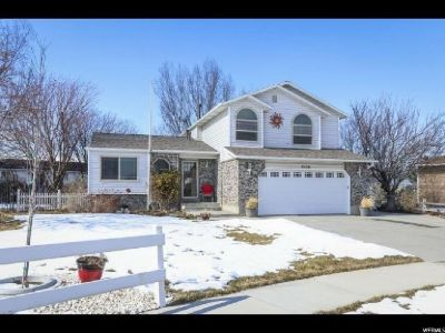 Absolutely stunning home located at the end of the cul-de-sac in Riverton!