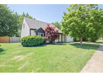 3 Bed 2 Bath Foreclosure Property in Valparaiso, IN 46383 - Chesapeake Park Dr