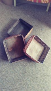 Stackable basket trays
