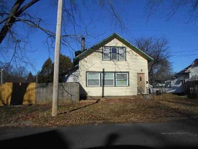 Foreclosure - 25th Ave, Rock Island IL 61201