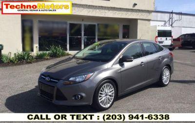 2013 Ford Focus Titanium (gray)