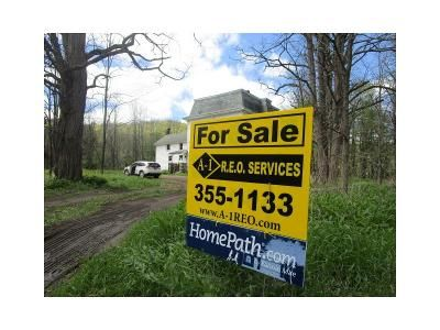 8 Bed 3 Bath Foreclosure Property in Petersburg, NY 12138 - State Route 22