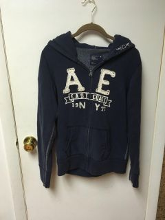 American eagle zip up hoodie excellent condition like new smoke free pet free home. Size large