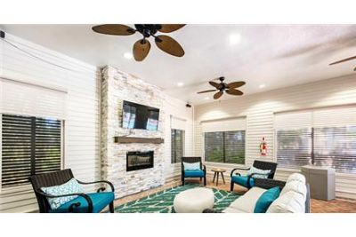 MEET POINT luxurious apartments for rent in Panama City Beach, FL.