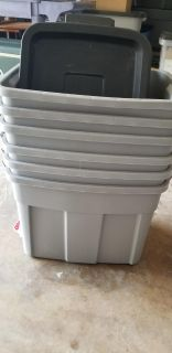 Rubbermaid Totes