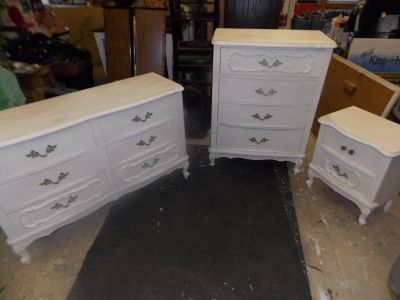 French Provincial Dresser Chest Nightstand Mirror Antique White $225