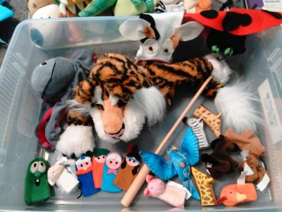 Large lot of hand and finger puppets, child size