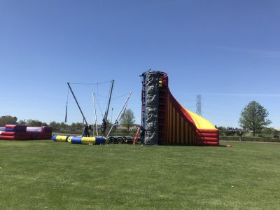 Mobile Spider Mountain Rock Wall Bungee Trampoline
