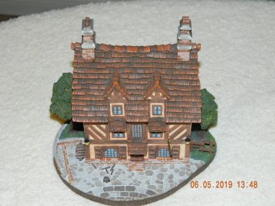 Beauty and the Beast French Village Le Pub Figurine
