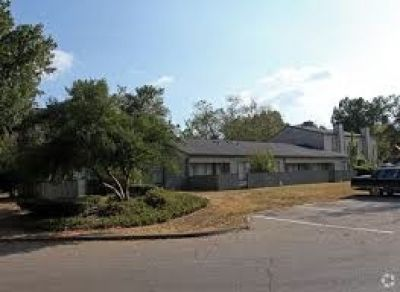 $300 OFF 1st. Months Rent, $200 OFF 2nd. Months Rent, $100 OFF 3rd. Months Rent !!! EMERALD PARK APT