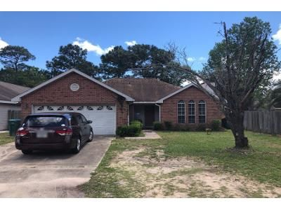 3 Bed 2 Bath Preforeclosure Property in Shalimar, FL 32579 - 6th Ave