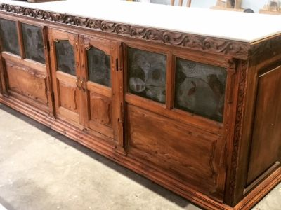 Counter/Console/Kitchen Island/Store or Restaurant