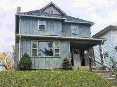 612 W 2ND Street Marion, Newly Updated! This home offers