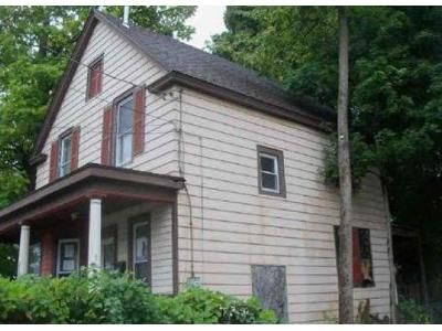 3 Bed 1 Bath Foreclosure Property in Schenectady, NY 12303 - 2nd Ave