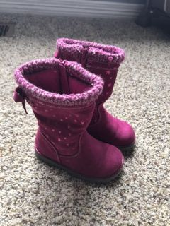 Barely worn size 6 toddler girls boots