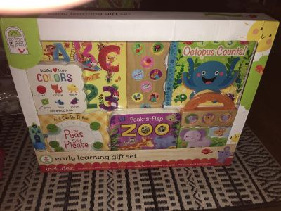 Early learning gift book set
