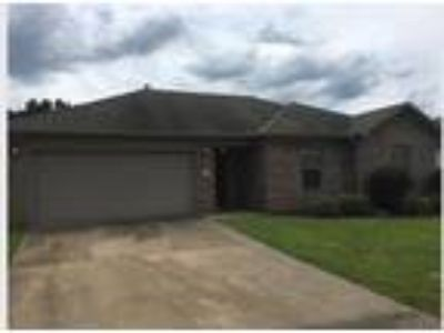 15 Mustang Dr., Cabot AR 72023 - Nice Three BR Two BA with fenced back yard