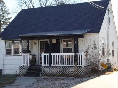 3 Bed 1 Bath Foreclosure Property in Waseca, MN 56093 - 9th Ave SE