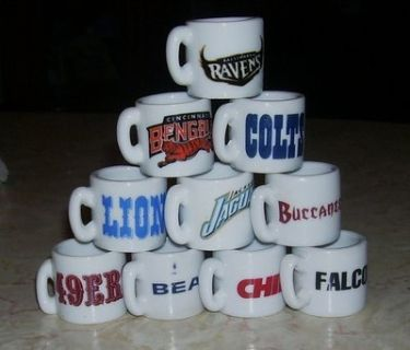 "NFL ceramic mini mugs 1 1/4"" - TOTAL - 9"