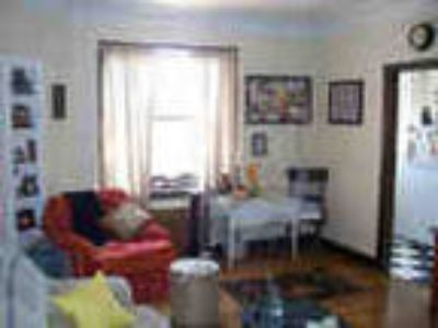 One BR Amazing Vintage Apartment Ready To Rent Immediately