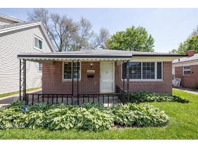 3 Bed 1 Bath Foreclosure Property in Dearborn Heights, MI 48125 - Eton Ave
