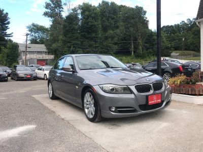 2009 BMW 3-Series 335xi (Le Mans-Blue Metallic)
