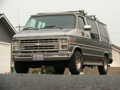 1990 Chevrolet Chevy Van TRAILWAGEN CONVERSION