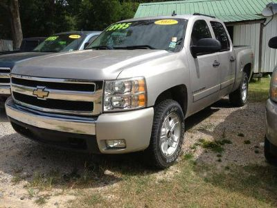 2007 Chevrolet Silverado 1500 Work Truck Crew Cab 4WD - You will be Satisfied