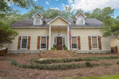4 Bed 4 Bath Home In Montrose Woods, Fairhope