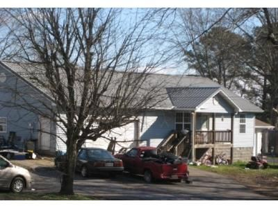 2 Bed 1 Bath Foreclosure Property in Cleveland, TN 37323 - Falcon Dr SE