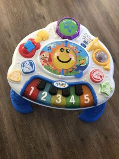 Discovering music baby Einstein activity table