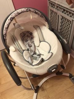 Graco glider swing and bouncer combo