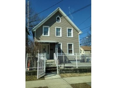 3 Bed 2 Bath Foreclosure Property in Staten Island, NY 10310 - Bodine St