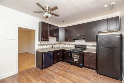 Newly rehabbed 2bed in Oak Park- Heat Included - Stainless Steel Appliances