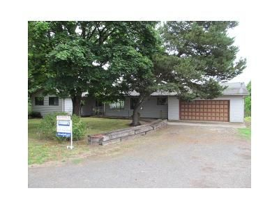 3 Bed 3 Bath Foreclosure Property in Mcminnville, OR 97128 - SW Bayou Dr