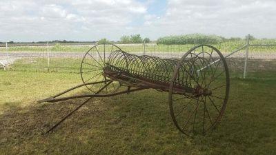 John Deere horse drawn hay rake